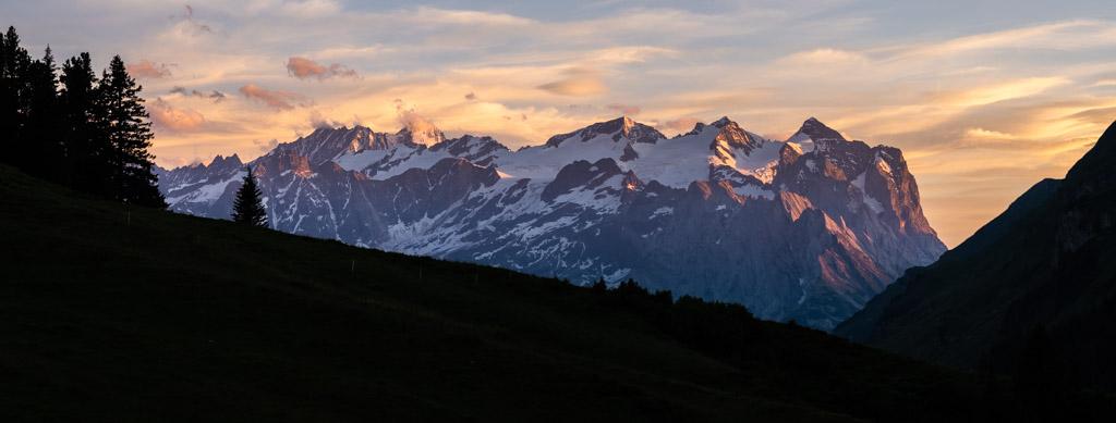 Via Alpina - Ambiance coucher de soleil pendant un bivouac