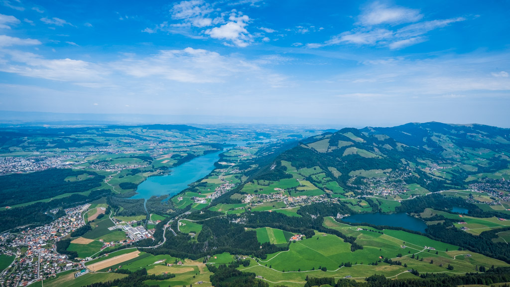 Vue sur le Lac de la Gruyère et sur le Val de Charmey