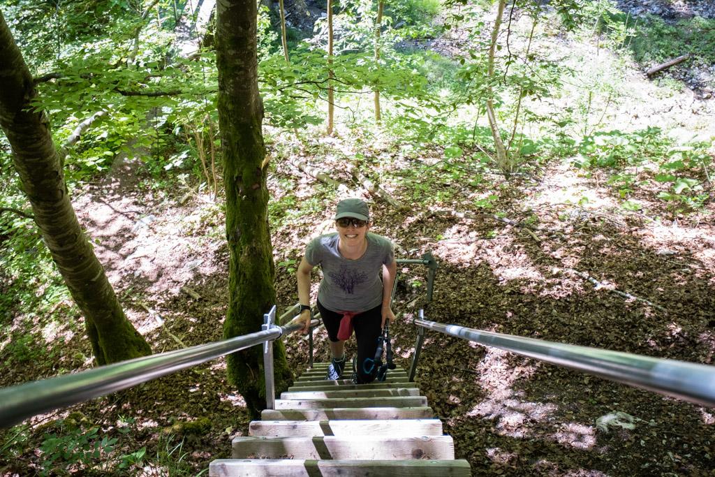 Escalier dans la montée