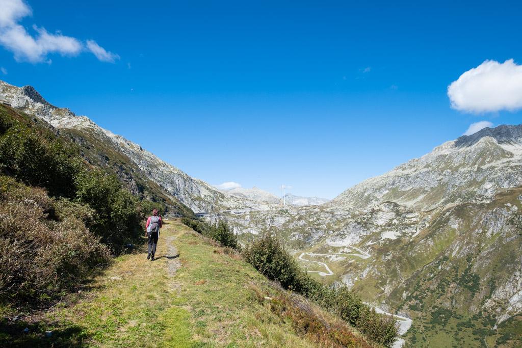 Vue sur la col du Gothard et sa mythique route Tremola